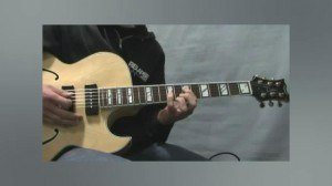 Online Guitar Lessons - Playing Jazz Standards - Chord Mel...