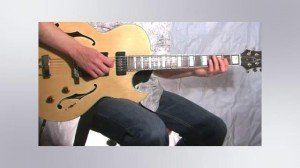 Online Guitar Lessons - Intervals - Perfect 4th ( sus 4 )