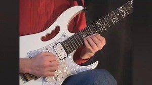 Online Guitar Lessons - Moving Between Strings - 3-strings...