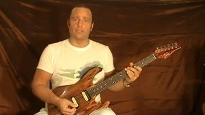Online Guitar Lessons - Vibrato Technique - Applying Vibra...