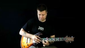Online Guitar Lessons - Lateral Pentatonic Tapping - Part ...