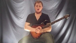 Online Guitar Lessons - Next-Level Strumming - Introductio...