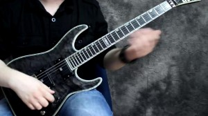 Online Guitar Lessons - Introduction To Guitar - Strumming